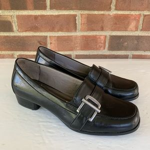 Life Stride Bounty black slip on low heel shoes